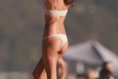 Alessandra-Ambrosio-Sexy-10-The-Fappening-Blog-2-682x1024