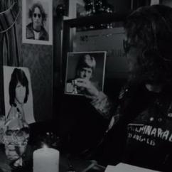 Клип группы «СерьГа» — Дэвид Боуи