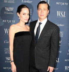 В тайне Анджелина Джоли и Брэд Питт оставят свой развод.