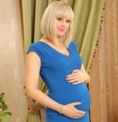 Натали станет мамой в третий раз