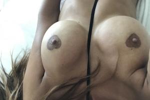 Micaela-Schäfer-Selfies-5-thefappening.so_-768x1022