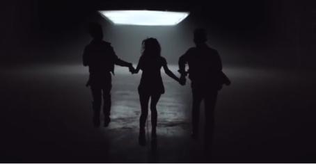 Премьера клипа «Падали» группы DVOE