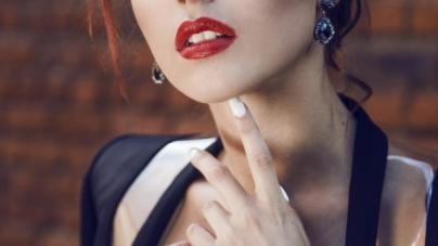 Сексульная певица Elvira T