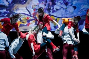 Французский режиссер Режис Обадиа представил в России новую постановку спектакля «Жар-птица»