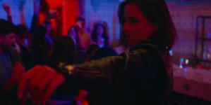Премьера клипа на песню Карины «Дура со стажем»