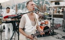 Дэн Якушевич представит Россию на фестивале кавер- групп в Великобритании