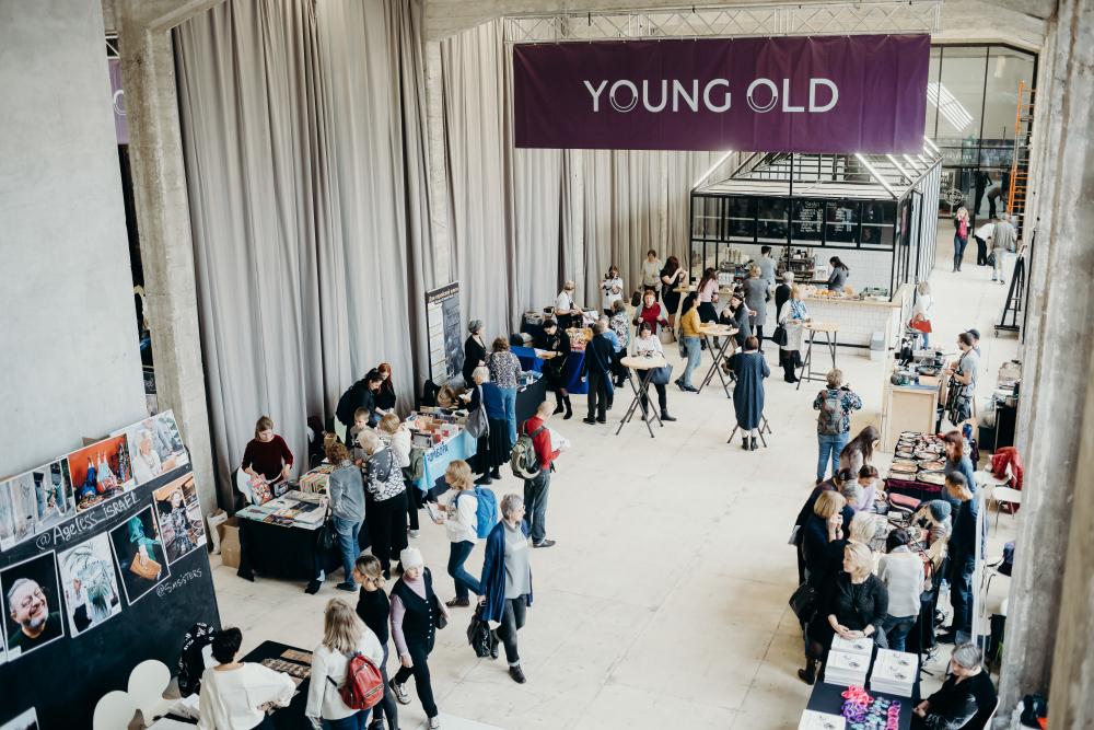 Young Old: тиндер для старших, эдьютеймент и погружение в современное искусство