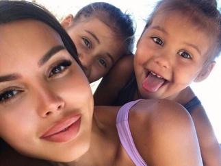 Оксана Самойлова перевезла семью в Майами