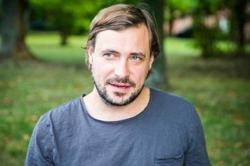 Евгений Цыганов впервые показал лицо младшего сына