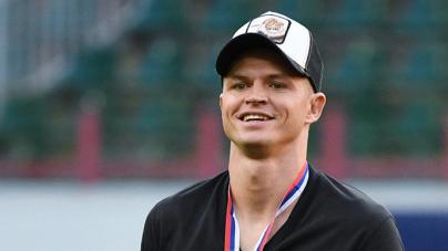 Дмитрий Тарасов получил травму ноги