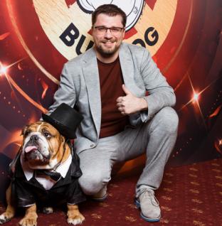 Гарик Харламов, Александр Ревва, Little Big и другие на открытии новой сети ресторанов HOT DOG BULLDOG